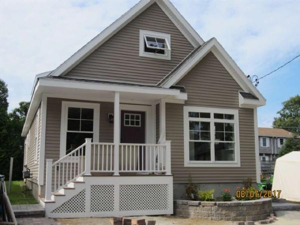 Images 16 hampton beach real estate hampton beach for Hamptons beach house for sale